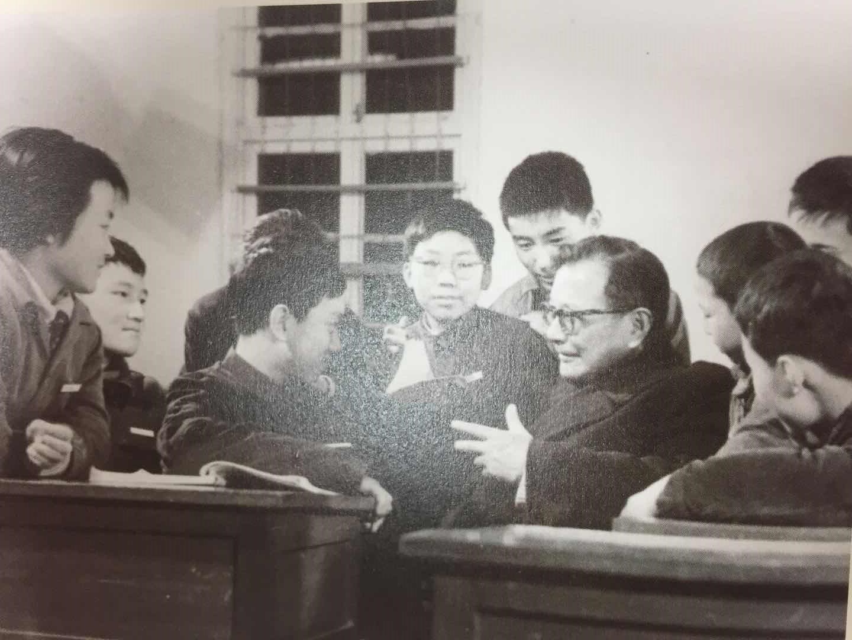 杨承宗和少年班学生